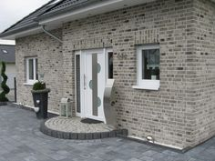 Clinker cladding brick / hand-shaped cladding brick / clinker brick / facade / gray brown w… - Landhaus ideen Clinker cladding brick / hand-shaped strappy / clinker / facade / gray brown w clinker cl Brick Facade, Facade House, Two Story House Design, Above Couch, Garage Makeover, Home Fashion, Fashion Outfits, Boconcept, Exterior Paint