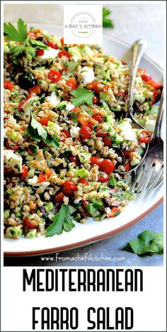 Mediterranean Farro Salad Mediterranean Farro Salad with a light, lemony dressing, crunchy vegetables and feta cheese is refreshing and perfect year-round! Easy Mediterranean Diet Recipes, Mediterranean Dishes, Mediterranean Farro Salad Recipe, Mediterranean Salad Dressing, Whole Food Recipes, Cooking Recipes, Healthy Recipes, Greek Recipes, Farro Recipes
