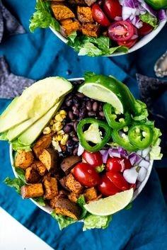 Amazing sweet potato taco bowls packed with plant based protein and your favorite southwest flavors, then drizzled with Bolthouse Farms Avocado Ranch yogurt dressing! Easy to make ahead of time & perfect to pack for lunch. #mealprep #salad #vegetarian #healthyrecipe #lunch Sweet Potato Tacos, Sweet Potato Recipes, Avocado Recipes, Lunch Recipes, Veggie Recipes, Salad Recipes, Vegetarian Recipes, Summer Recipes, Bolthouse Farms