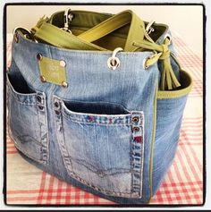 Tote bag made from blue jeans
