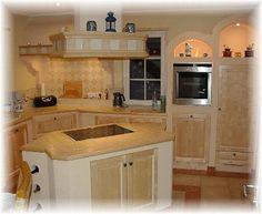 landhausk chen aus holz bilder ideen f r rustikale k chen im landhausstil traumk chen. Black Bedroom Furniture Sets. Home Design Ideas