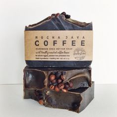 Made with bold, freshly brewed locally roasted coffee, this bar is not only invigorating, but also packed with antioxidant rich cocoa powder and fresh coffee grounds for a bit of exfoliation. A great