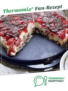 Knusper-Erdbeertorte auf Baiserboden von monikasch74. Ein Thermomix ® Rezept aus der Kategorie Backen süß auf www.rezeptwelt.de, der Thermomix ® Community.