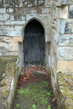 castle doorway | Ashby Castle door |
