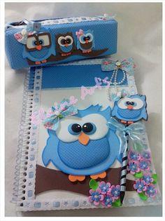 Contem 1 caderno decorado (100 folhas) 1 estojo 1 lápis com ponteira(plana) tema á escolher.