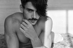 Reno Di Gois mustache