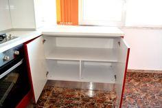 MDF Vopsit Lucios 18 mm Raza 2 mm Ral 9003 Alb Lucios corp mobilier pentru depozitare provizii Ferrari, Bathroom Medicine Cabinet