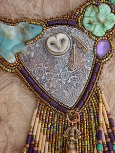 Necklace: Bear with Owl and Flowers by HeidiKummliDesigns - gorgeous stones with exemplary beadwork! :)