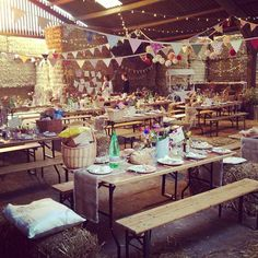 Love the laid back relaxed fun vibe to this wedding reception space