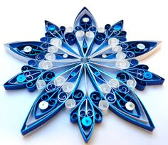 Christmas decoration Ecofriendly quilled  medium von VBPureDesigns, $10.89