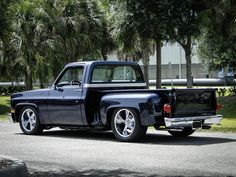 1987 GMC 1500 C10 Sierra Classic For Sale | AllCollectorCars.com Classic Gmc, Classic Trucks, Gmc For Sale, Cars For Sale, Square Body, Four Corners, New Carpet, Fort Myers, Performance Parts