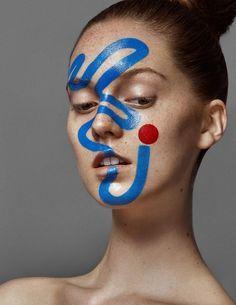 moderne soirée déguisée maquillage facile super chic look femme