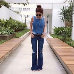 eu e meu amor por jeans que não tem fim! amo flare porque alonga e sempre dá um ar mais elegante! meu look todo @damyller que veste muitooo bem e é mega confortável! #meujeansdamyller #ad