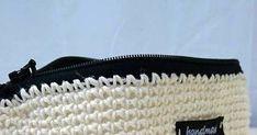 Pellavalangassa on jotain maagista.  Se on hieman karheaa mutta pinta kiiltää niin kauniisti. Pellavalankaa tunnustellessa voi laittaa ... Diy And Crafts, Bags, Handbags, Lv Bags, Purse, Purses, Bag, Taschen, Totes