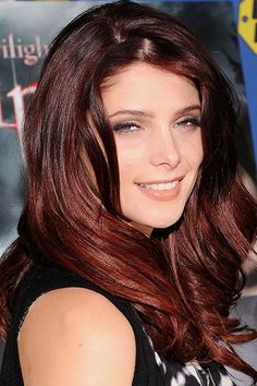 """ashley greene red ombre   Ashley Greene signs copies of """"The Twilight Saga: Eclipse"""" at Best Buy ..."""