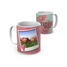 Surpreende com uma caneca personalizada. Surprises with a personalized mug.