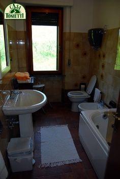 Bathtub, Bathroom, Home, Standing Bath, Washroom, Bathtubs, Bath Tube, Full Bath, Bath