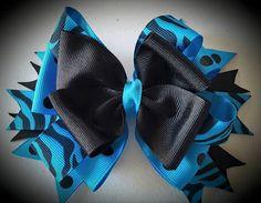 Aqua/Black Layered Hairbow by LEACreations on Etsy
