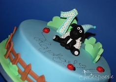 Shaun the Sheep, jnr. Cake (http://tortenpoesie.blogspot.co.at/2013/04/shaun-jnr.html )