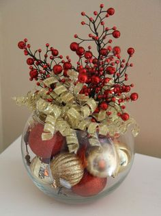 Are you looking for inspiration for christmas decorations?Navigate here for unique Christmas ideas.May the season bring you serenity. Winter Christmas, Christmas Holidays, Christmas Wreaths, Christmas Bulbs, Rustic Christmas, Simple Christmas, Christmas Bowl, Office Christmas, Cheap Christmas