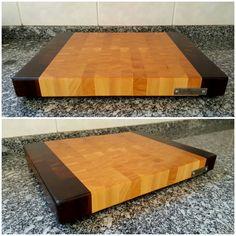 End grain cutting board made with ivory and brazilian walnut. Tábua de corte feita de marfim e imbuia. 40 x 30 x 4 cm; 3760 g. #woodwork #woodworking #madebyme #diy #endgraincuttingboard #cuttingboard