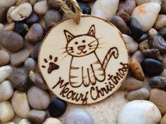 Items similar to HOLIDAY PET Ornament Cat Meowy Christmas! Name Engraved on the Back with the Year - So Cute! Personalized on Etsy Wood Burning Patterns, Wood Burning Art, Wood Slice Crafts, Wood Crafts, Diy Crafts, Christmas Names, Christmas Stuff, Christmas Decorations, Christmas Ideas