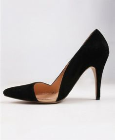 Patent Leather Point Heeled Shoes woth asymetric design - sexY!
