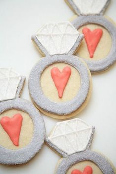 A sparkling idea for a bridal shower dessert; ring-shaped cookies for edible bling. Bridal Shower Desserts, Bridal Shower Party, Bridal Showers, Friend Wedding, Our Wedding, Dream Wedding, Wedding Grey, Wedding Suite, Wedding Paper