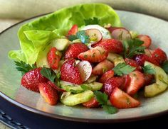 Google Image Result for http://miracleskinnydrops.com/wp-content/uploads/2010/05/RMD_Recipes_Strawberry_and_Cucumber_Salad2.jpg
