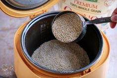 How to cook quinoa in your rice cooker - this is just what I've been looking for!