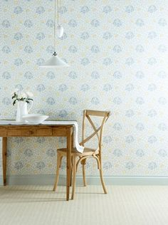 The Little Greene wallpaper: Lansdowne Walk (c.1910) - An Arts and Crafts motif in the manner of Voysey, a leading light of the movement, its design dates to the early twentieth century.