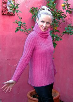Free Knitting Pattern - Women's Sweaters: Giraffe Sweater