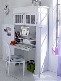 """Magic study room..."" #furniture #painting #craftroom #inspiration"