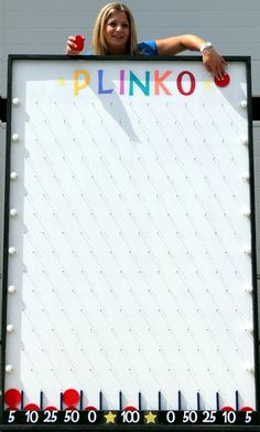 Plinko is ideal for casino and carnival themes, grand openings, school or . Plinko is ideal for casino and carnival topics, large openings, school or trade … – It's your move – School Carnival Games, Spring Carnival, Carnival Games For Kids, Carnival Prizes, Carnival Food, Carnival Birthday, Theme Carnaval, Fall Festival Games, Vegas Party