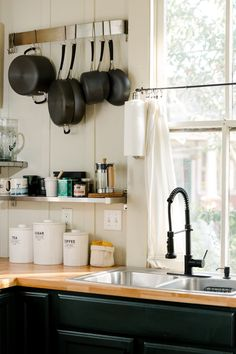 Baton Rouge Rental House Tour Photos | Apartment Therapy Small Space Living, Tiny Living, Green Cabinets, Kitchen Paint Colors, Kitchen Dinning, Living Room Bedroom, Apartment Therapy, House Tours, Home Kitchens