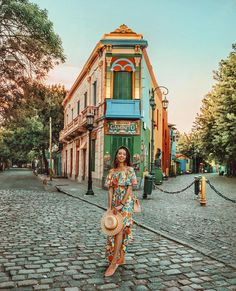 Is Buenos Aires Safe?: Tips for a Smooth Trip — Sol Salute Photography Poses, Travel Photography, Travel Pose, Mexico Fashion, Thailand, Argentina Travel, Wanderlust Travel, Travel Style, Travel Fashion
