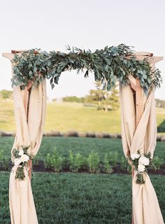 wedding ceremony idea; photo: Vicki Grafton Photography