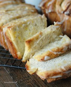 Looking for Fast & Easy Bread Recipes, Breakfast Recipes! Recipechart has over free recipes for you to browse. Find more recipes like Meyer Lemon Poppy Seed Pull Apart Bread. Scones, Brunch Recipes, Breakfast Recipes, Dessert Recipes, Breakfast Ideas, Poppy Seed Bread, Delicious Desserts, Yummy Food, Pull Apart Bread