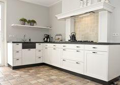 Mooie kleur vloertegels Thijs van de Wouw Keukens