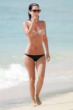 Rachel Bilson bikini body workout