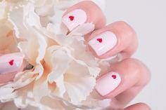 Nail Art Saint Valentin heart Valentine's Day Peak Snow Essie