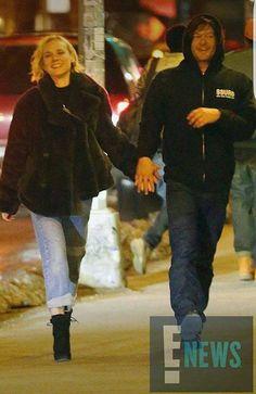 🤣 Buenas noches walkers 🤣 . . . . . . . . . . . . . . . . . Ya es oficial, Norman Reedus YA tiene NOVIA !! #thewalkingdead #thewalkingdeadamc