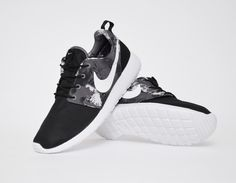 #Nike Roshe Run Print WMNS Black/White #sneakers