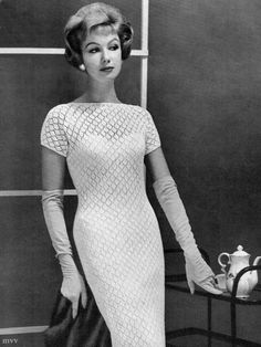 Vintage Fashion: gorgeous black and white photo from 1960.