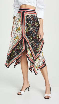 Alice + Olivia Multicolor Maura Tiered Scarf Print Skirt Size 6 (S, - Tradesy Size 0 Models, Handkerchief Skirt, Popular Hairstyles, China Fashion, Leggings Are Not Pants, Printed Skirts, Alice Olivia, Vintage Fashion, Outfits