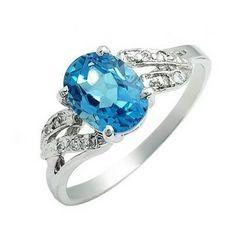 Anillo de compromiso en oro blanco 18k con Topacio Azul Suizo. Una hermosa piedra talismánica para aportar fuerza equilibrio y armonía.  #ring #diamond #topaz #blue #love #fb #spirituality #goodvibes #peace #harmony #tw #pin