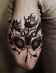 Fotos e Ideias de Design de Tatuagem de Folha | Fotos de Tatuagens