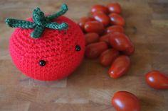 Free crocheting pattern: Amigurumi tomato