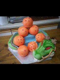 Awesome Dragon Ball Z cake.