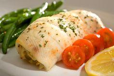 Αυτό το φιλέτο ψαριού γεμιστό με καβούρι και λαχανικά πρέπει να το γευτείς και εσύ - https://ipop.gr/sintages/psaria/afto-fileto-psariou-gemisto-kavouri-ke-lachanika-prepi-na-geftis-ke-esi/